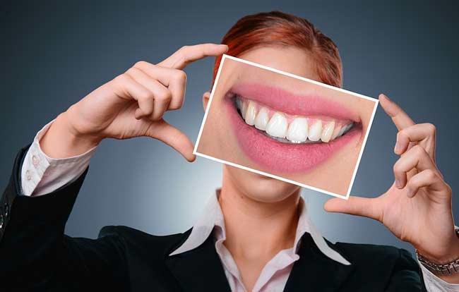 Рот, улыбка, зубы